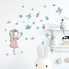 Falmatrica gyerekszobába, pillangókkal